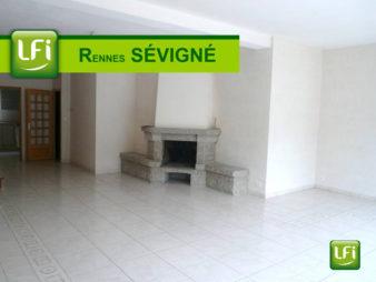 Maison T 8 à louer, Rue de Paris