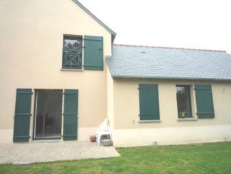 Maison T 6 , Pleugueneuc, centre