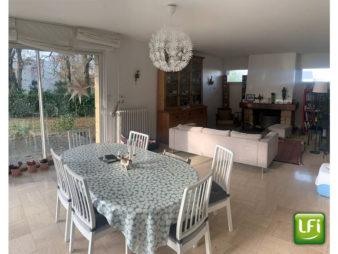 Maison Liffre 7 pièce(s) 207.50 m2