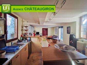 Appartement au coeur du Centre-Ville – CHATEAUGIRON – 20 min de Rennes