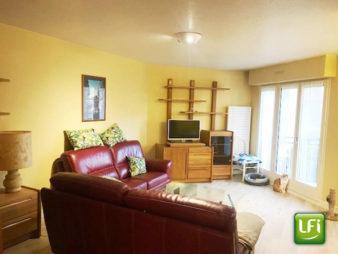 Appartement T3 meublé Centre Ville – Chézy dinan – balcon et garage