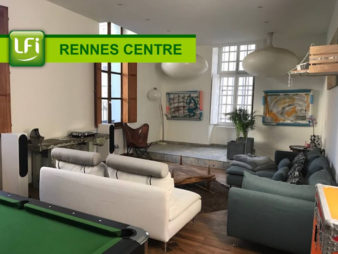 Appartement Rennes Centre-ville – à deux pas du métro Saint Germain – Ligne B – 5 pièces d'environ 160m² – Style loft