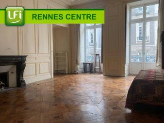 Appartement Rennes – Centre Ville – Mairie – 8 pièces de 210 m2 – grenier de 36m² au sol – cave de 32 m²