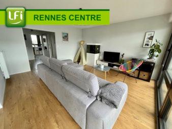 Appartement Rennes Centre-ville – Bourg l'évêque – 4 pièces de 87 m2  – Balcon – Parking – Rénovation de qualité