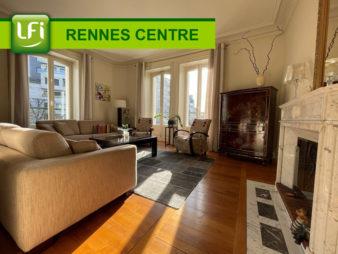 Appartement Rennes Centre ville – Place de Bretagne – Les halles – 6 pièces 157,68 m2 – deux caves, deux greniers