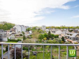 Appartement Rennes Centre-ville – Bourg l'évêque – 3/4 pièces de 63.44 m2 exposition traversante avec loggia, balcon, cave, ascenseur, garage et parking collectif