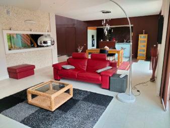 Maison La Chapelle Des Fougeretz 6 pièce(s) 200 m2