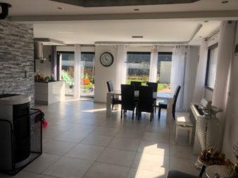 Maison à Mordelles -140,67 m² – 6 pièces -10 min de Rennes
