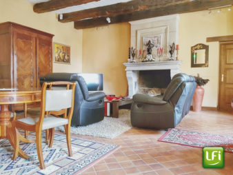 Longère à vendre à Mordelles – 6 chambres – 353 m² habitables – 15 min de Rennes