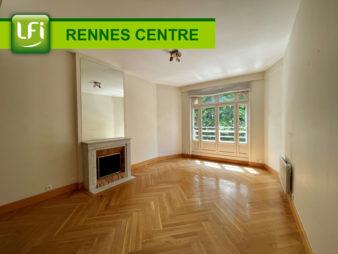 Appartement Rennes Centre Ville, Les Halles, 4 pièces, 112.33 m2, terrasse et cave. Rare sur le quartier