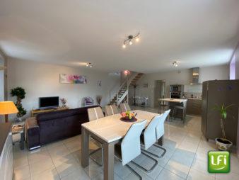A vendre Maison de bourg rénovée 182 m² Gaël