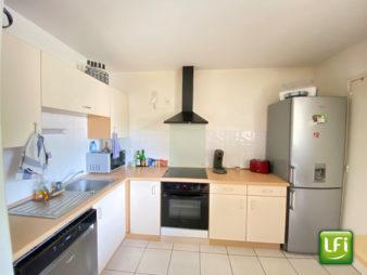 Studio à vendre à Bruz – 31,7 m² – garage boxé et balcon – 10 min de Rennes